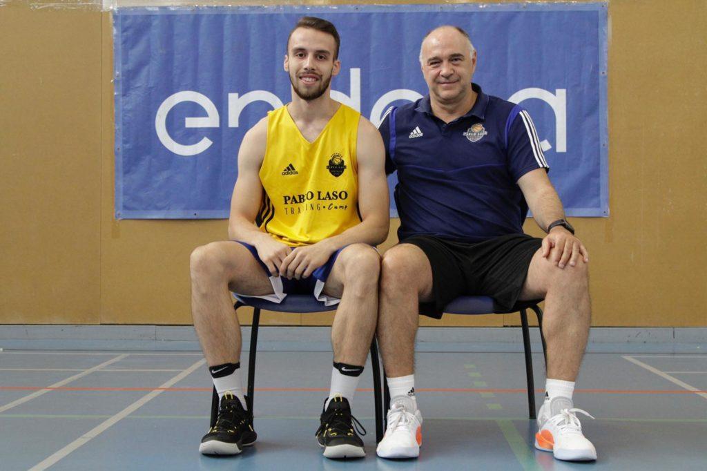 Andrei Iliescu alături de Pablo Laso